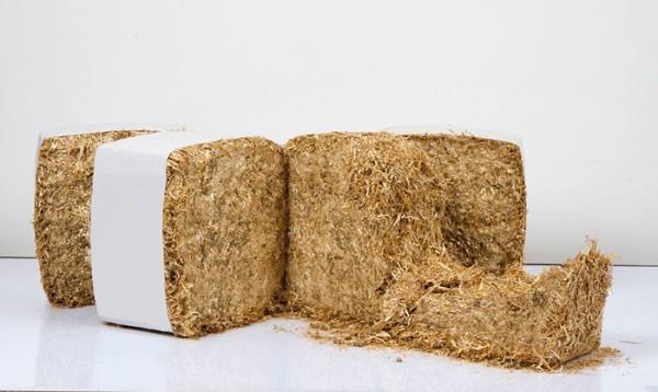 Bio Strohballen ca. 13 kg, Einstreu für Hühner und andere Tiere