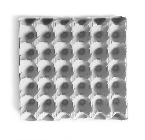 1 Stück 30er Eierpappe, Höckerlage für die Größen S bis XL, grau