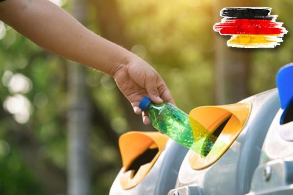 Kunststoffmüll Serviceverpackung