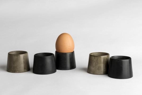 Formschöne Betoneierbecher für Zwerghuhneier – handgefertigt