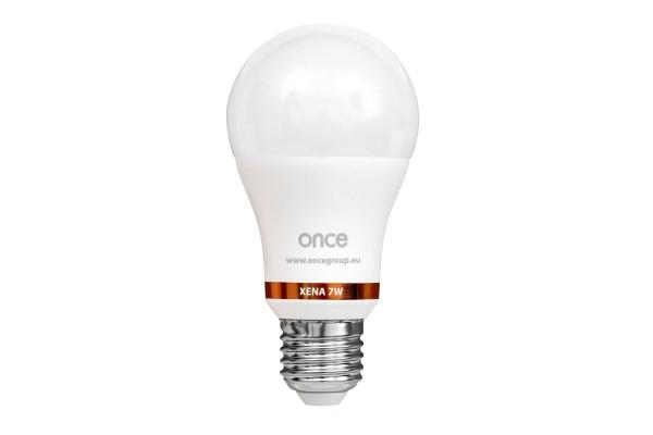 Flackerfreie & dimmbare LED Energiesparlampe für den Hühnerstall – XENA 7W